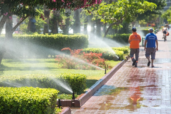 How To Fix Common Problems with Lawn Sprinklers